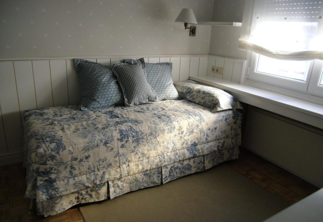 Dormitorio infantil muebles lajusticia muebles a for Muebles infantiles a medida